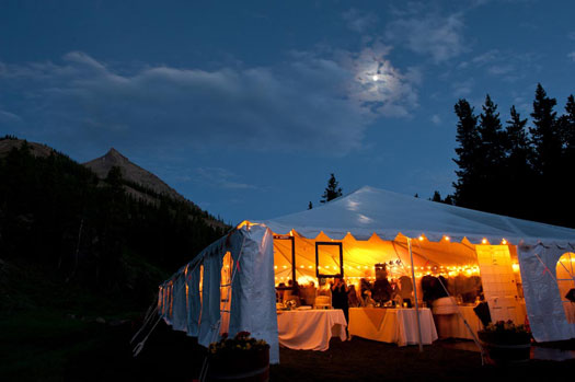 Rustic vintage at crested butte mountain resort colorado for Uley s cabin crested butte wedding