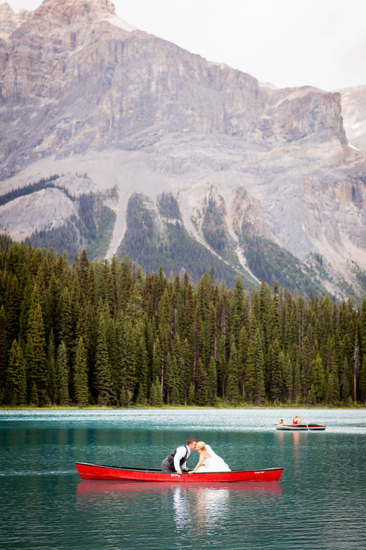 An intimate & relaxed wedding in Banff Canada