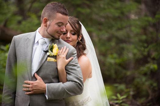 A Buttercup & Emerald Wedding in Canada