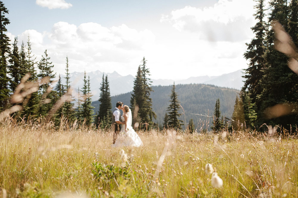 Cascade Mountains Destination Wedding