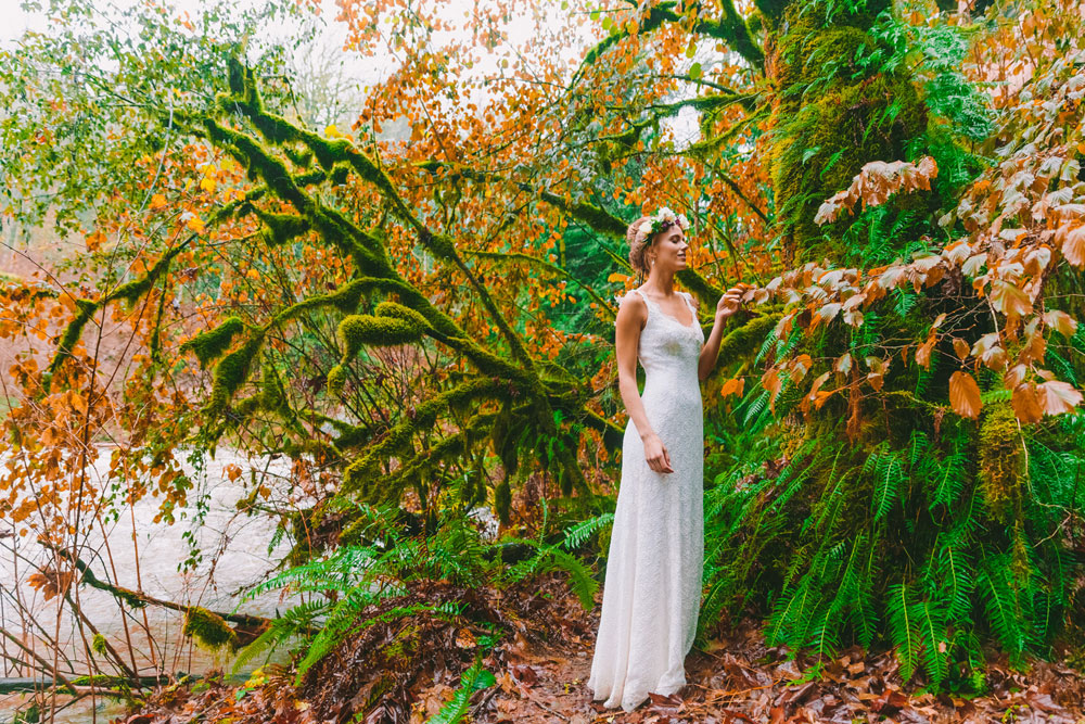 A Treehouse Wedding Shoot in the Forest, WashingtonA Treehouse Wedding Shoot in the Forest, Washington