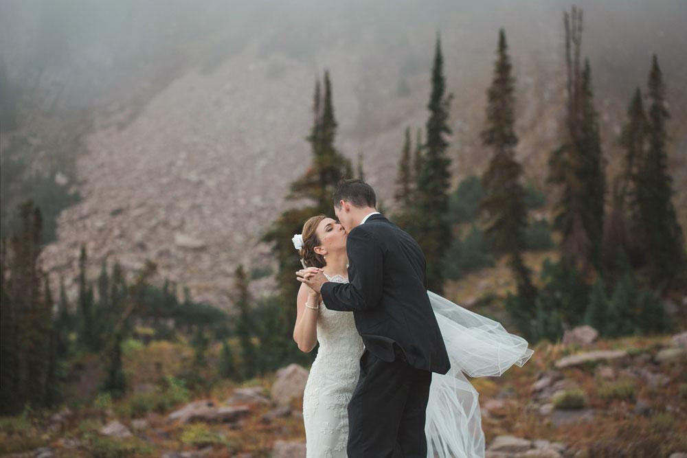 Rustic Mountain Wedding at Snowbasin