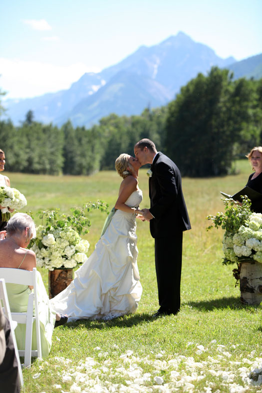 A Perfect Wedding Day at T-Lazy-7-Ranch, Aspen, Colorado