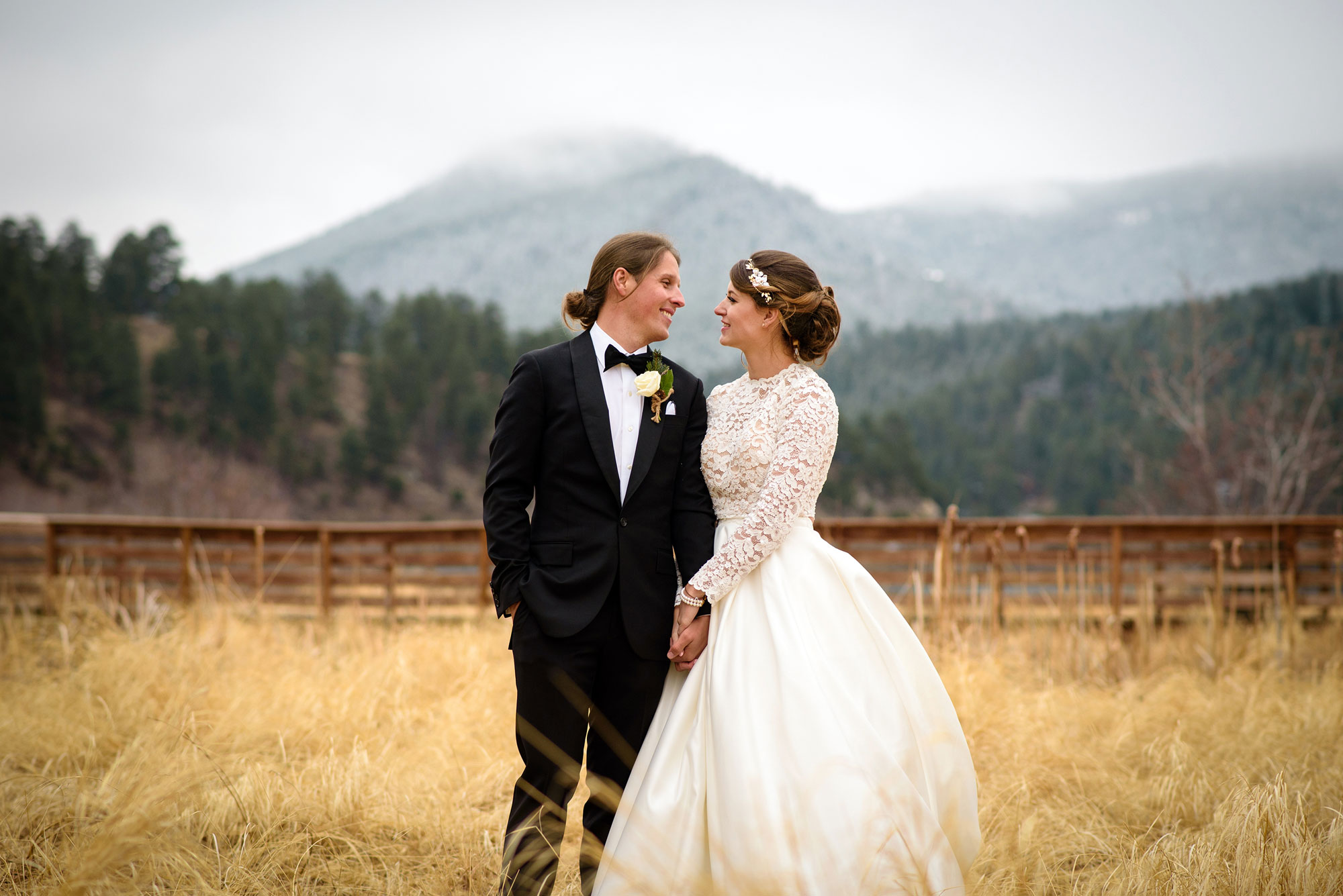A Casual Colorado Wedding at Evergreen Lake House