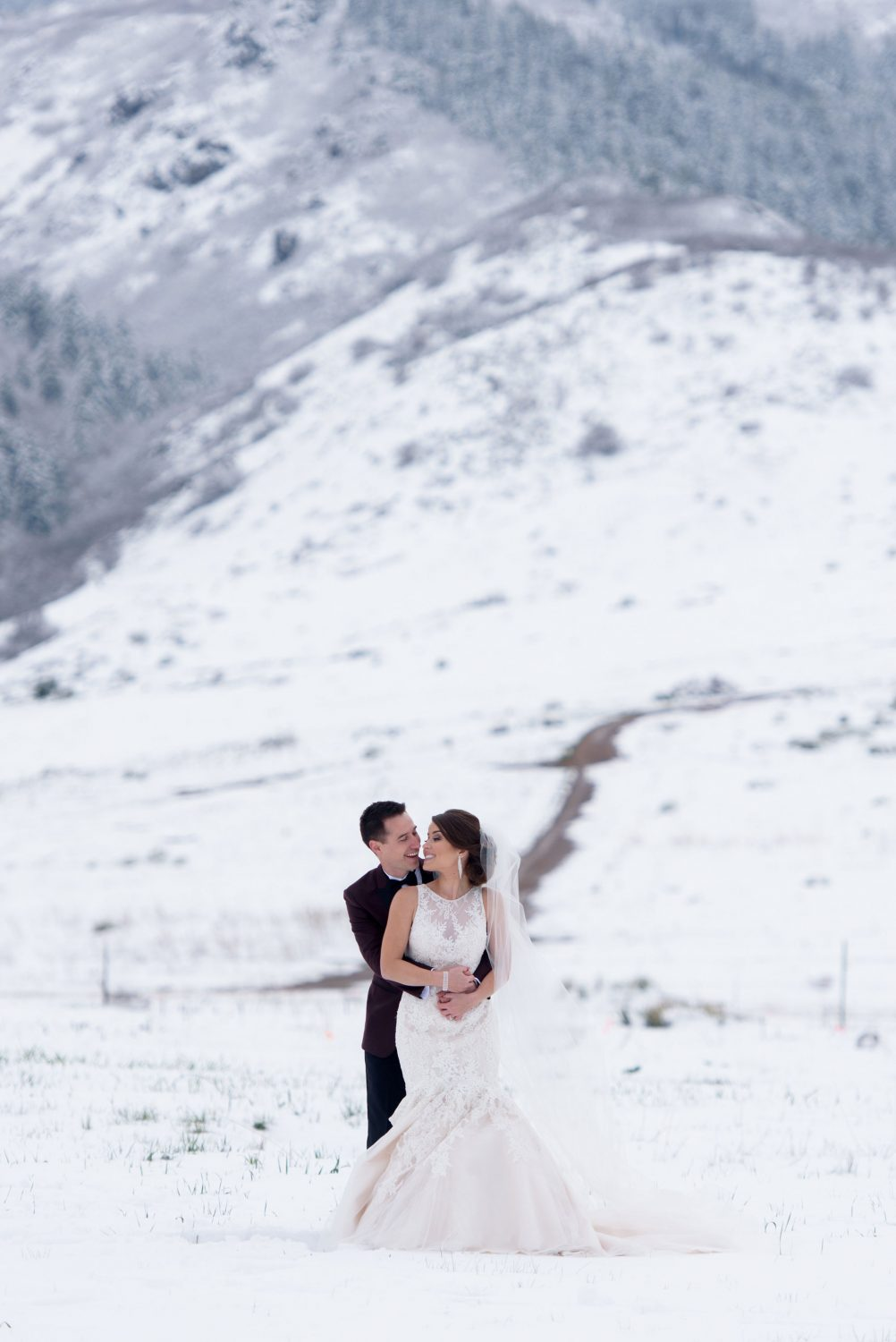 A Snowy Spring Wedding in Colorado