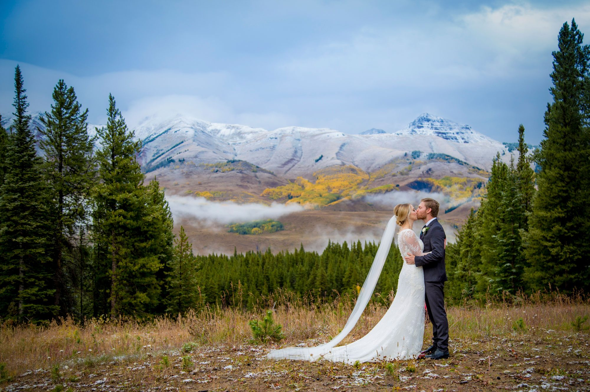 Colorado weddings archives luxe mountain weddings mountain a snowy fall wedding in crested butte junglespirit Image collections