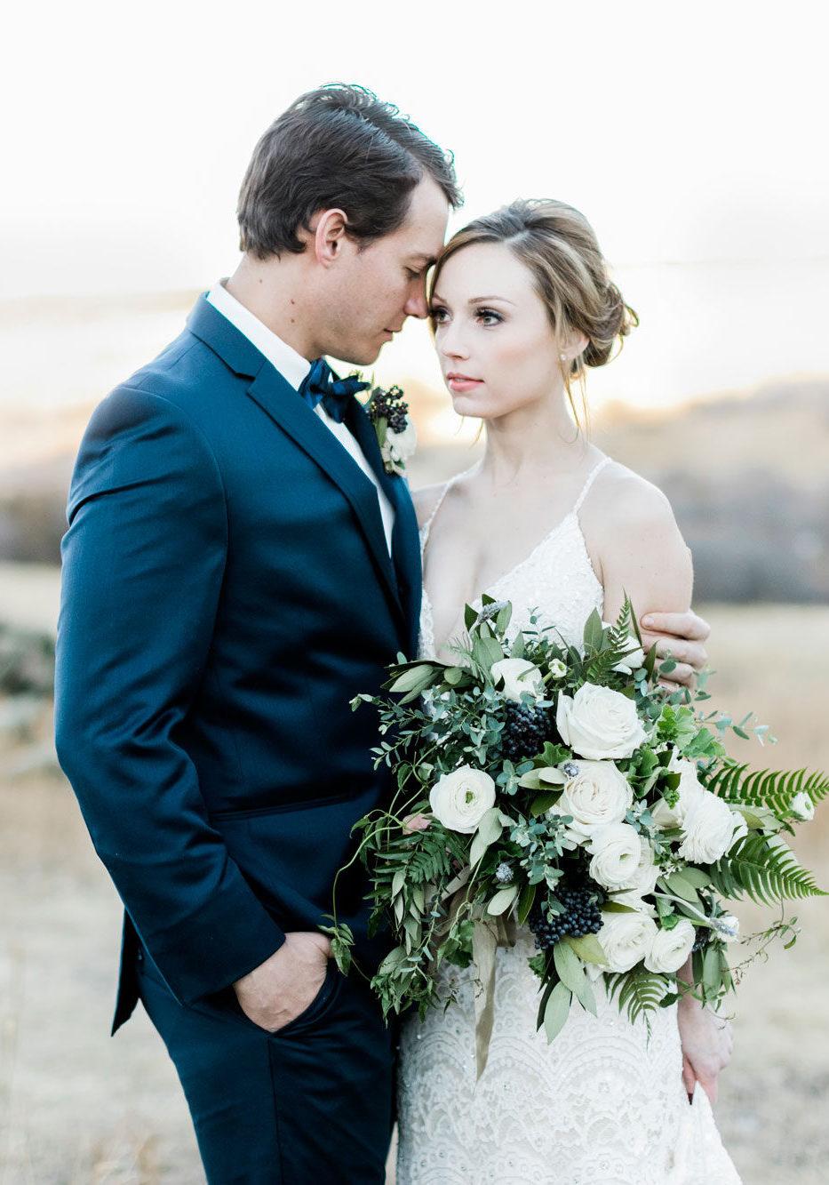 A Natural & Romantic Wedding Shoot in Colorado
