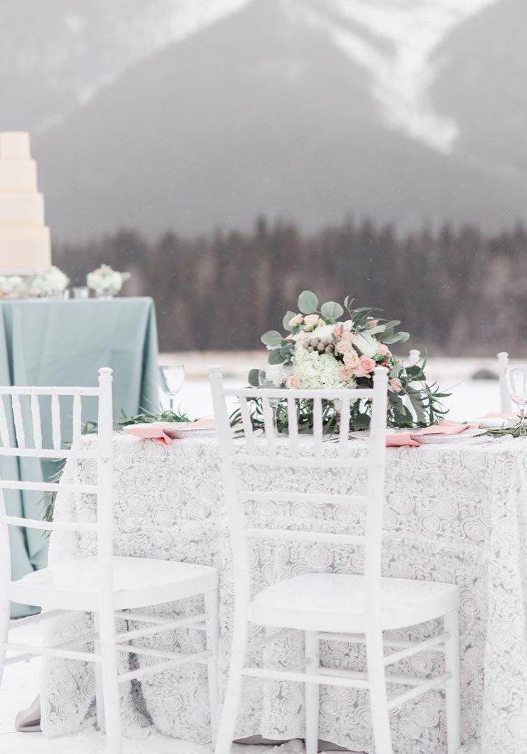 Winter Wedding Inspiration in Canada