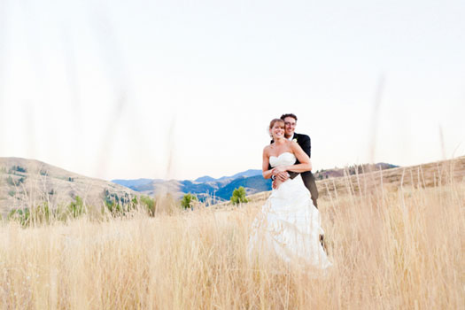 Luxe Mountain Weddings Magazine - Washington