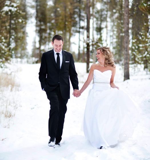 A Winter Destination Wedding in Colorado
