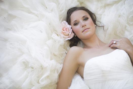 VINTAGE-BRIDAL_-VINTAGEBRIDE_Vintage_Bridal_Bride_Beauti_025
