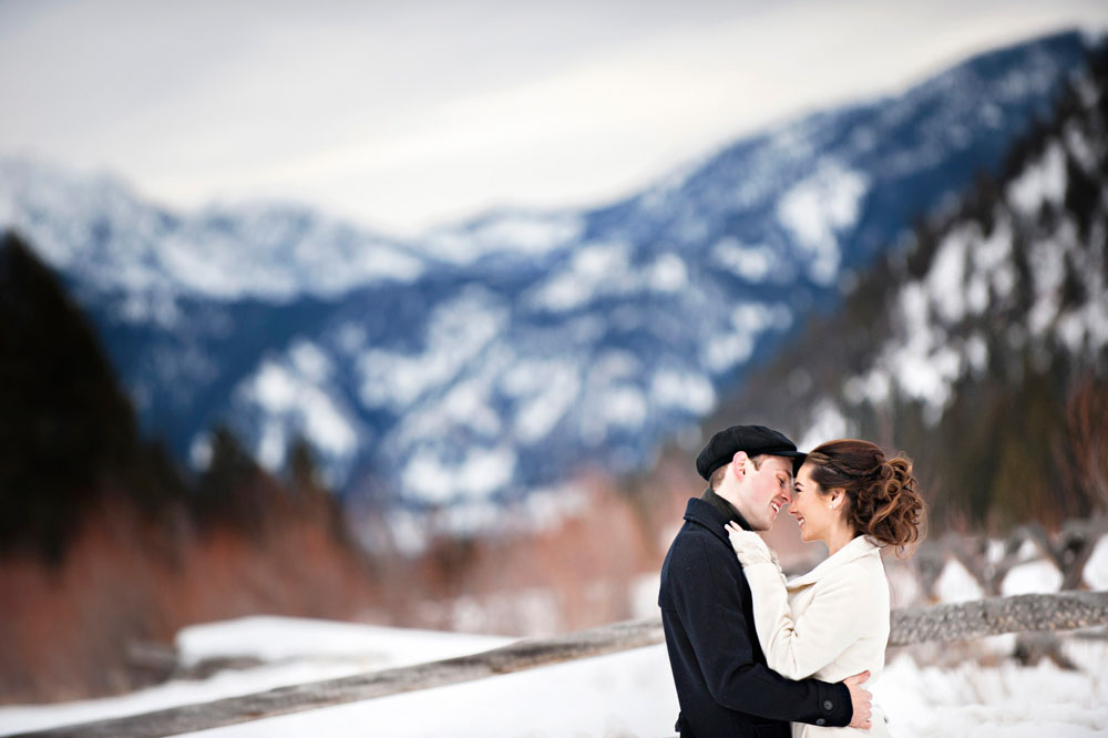 An Intimate Pajama Ceremony in Big Sky, Montana