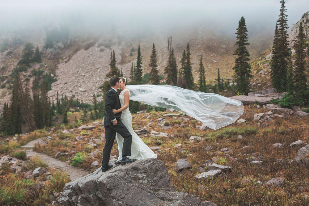 Rustic Mountain Wedding at Snowbasin