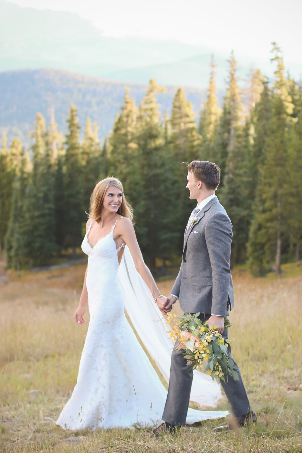Wedding Love at 11,444 in Colorado