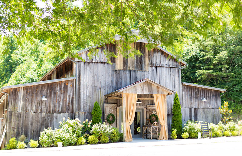 A Rustic Destination Wedding in Tennessee