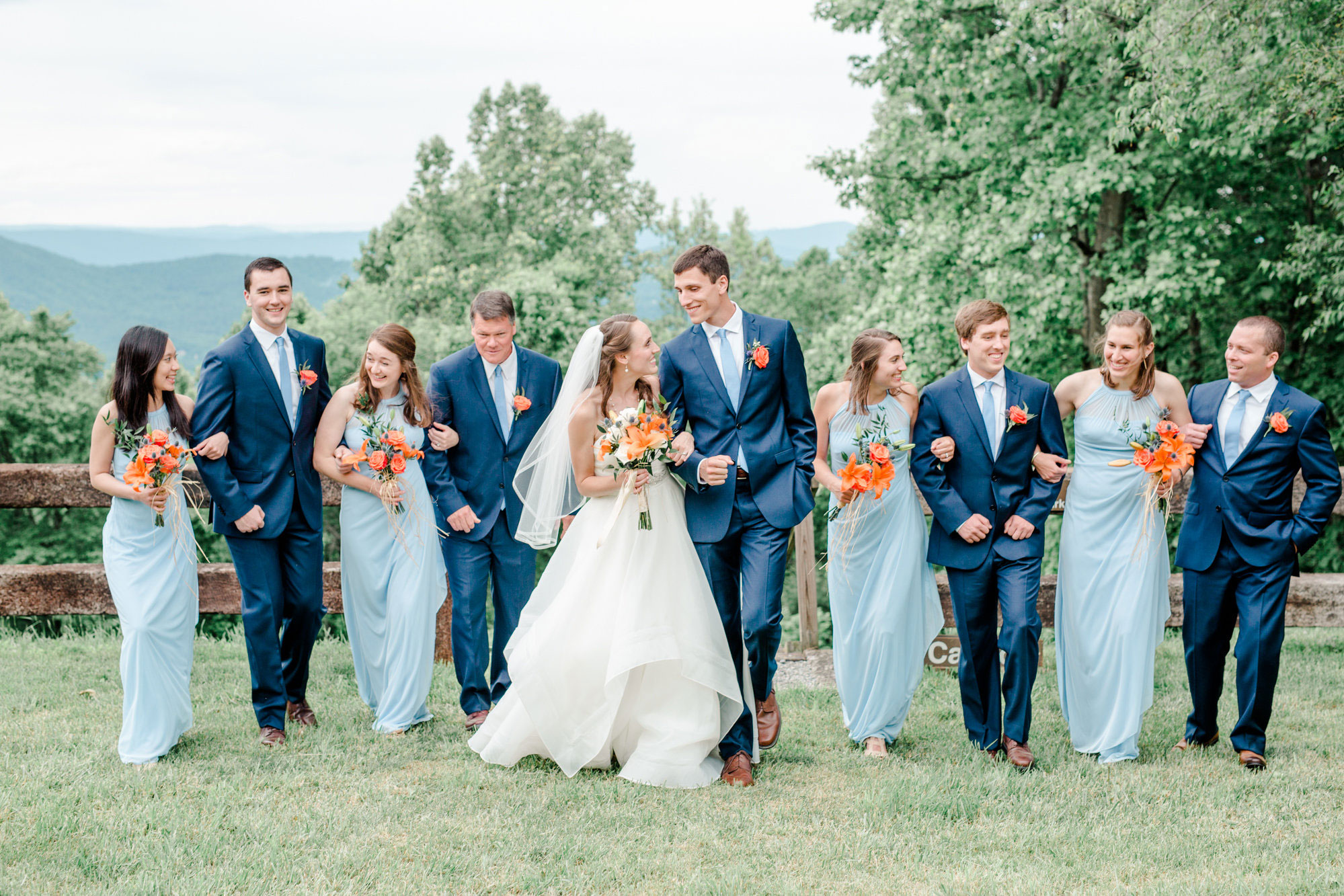 A Roanoke Virginia Wedding with Incredible Mountain Views