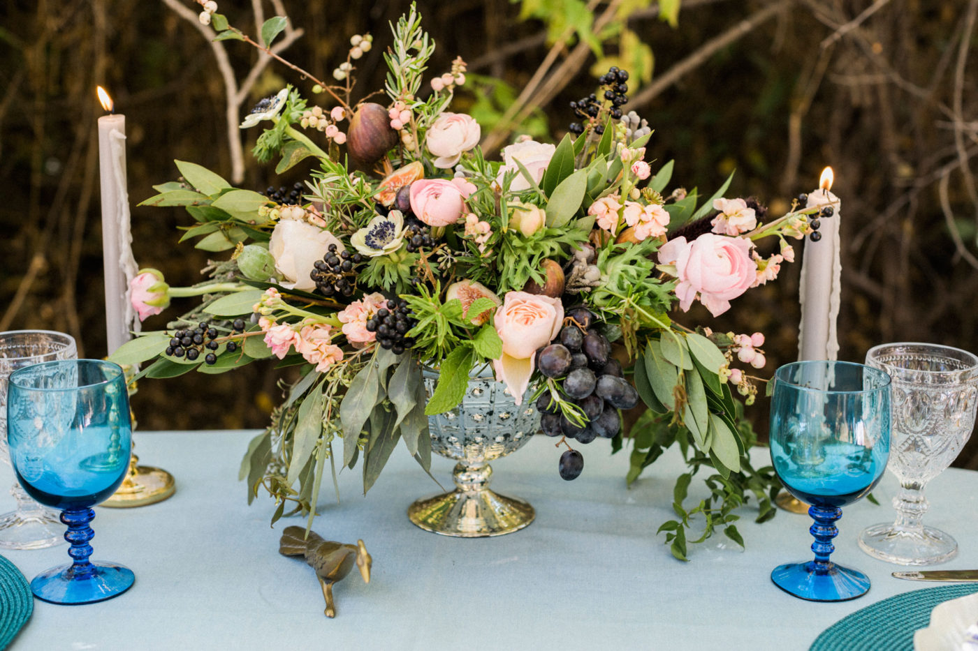 A Sophisticated Fall Garden Wedding Shoot in Colorado