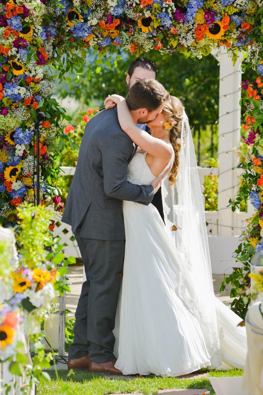 A Lush Secret Garden Wedding In Colorado Luxe Mountain