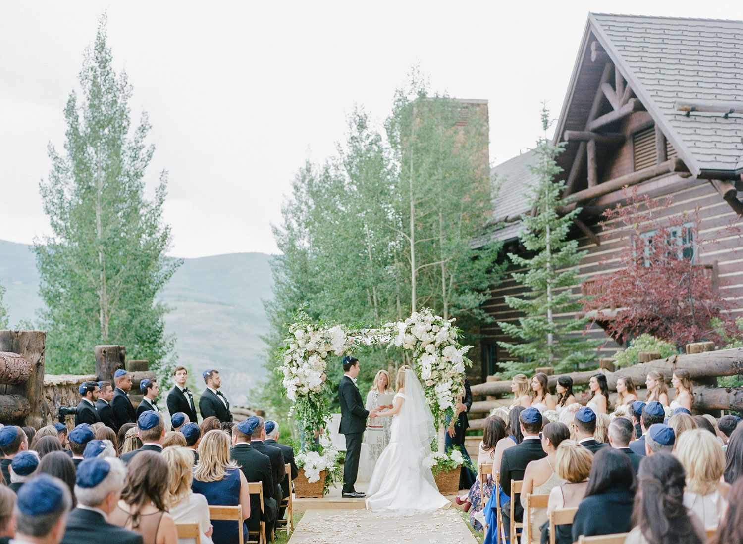 Lush outdoor ceremony in Beaver Creek, Colorado