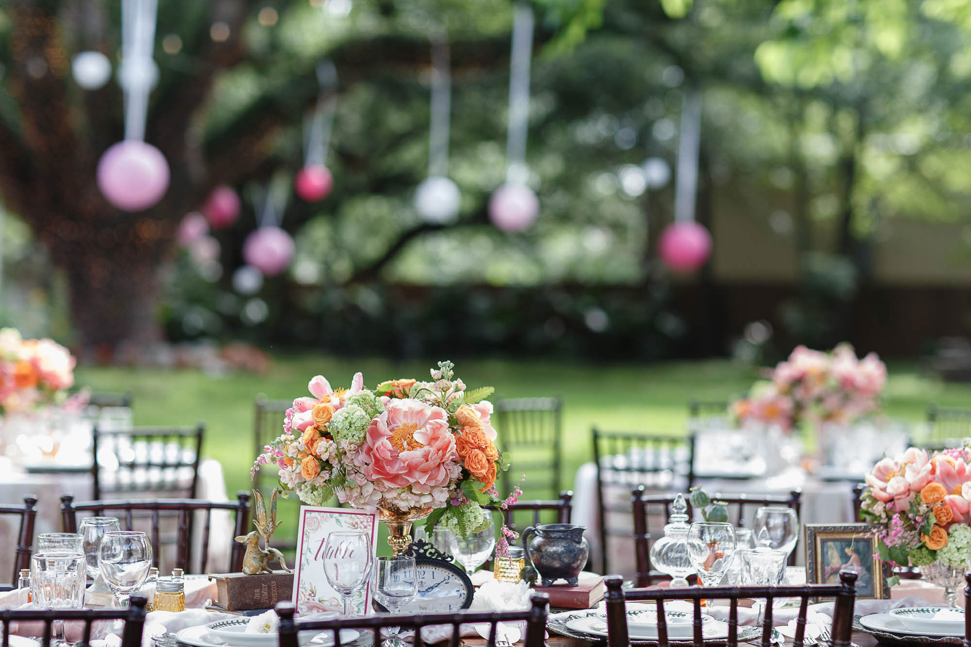 Outdoor reception | Spring Garden Wedding