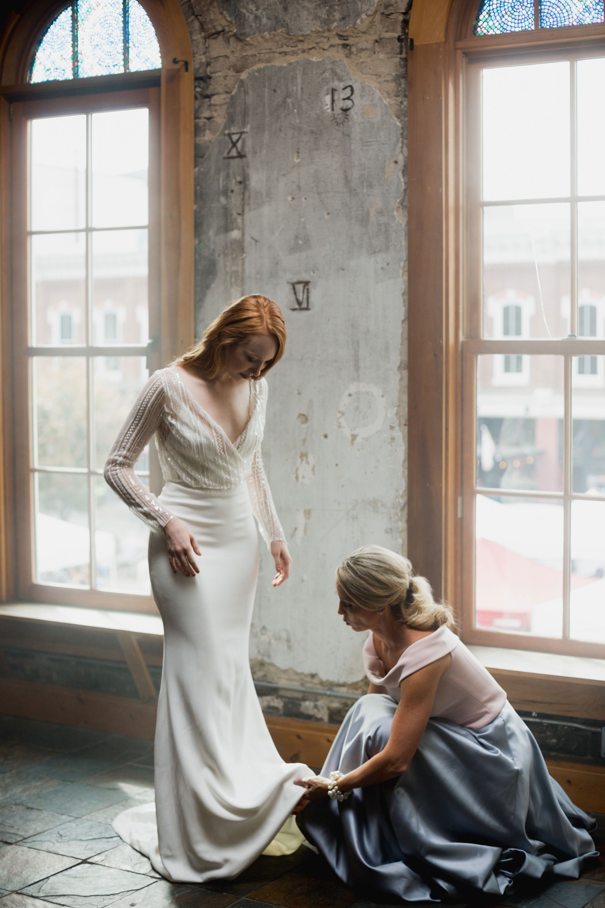 Bride & Mom | Autumn Tennessee Wedding in Knoxville