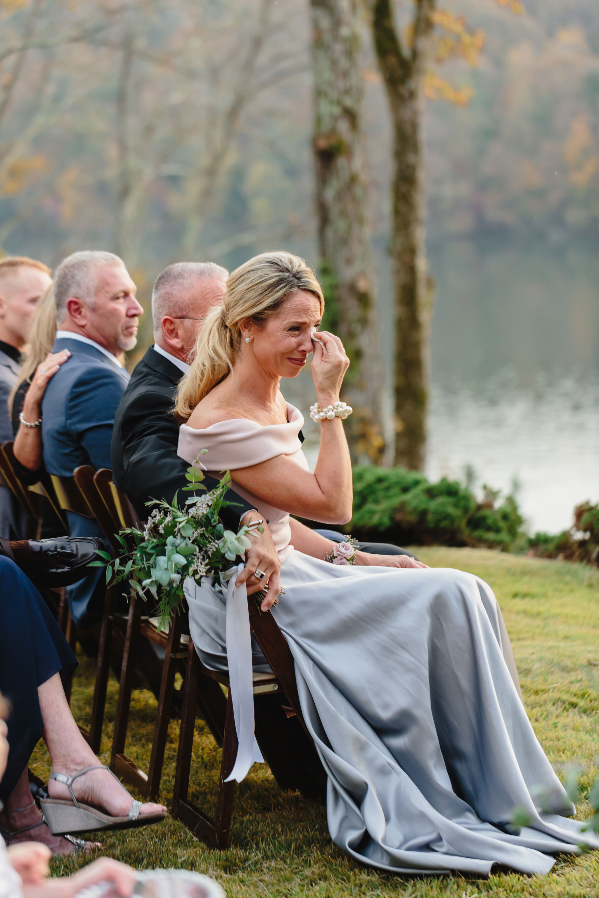 Happy Mom | Autumn Tennessee Wedding in Knoxville