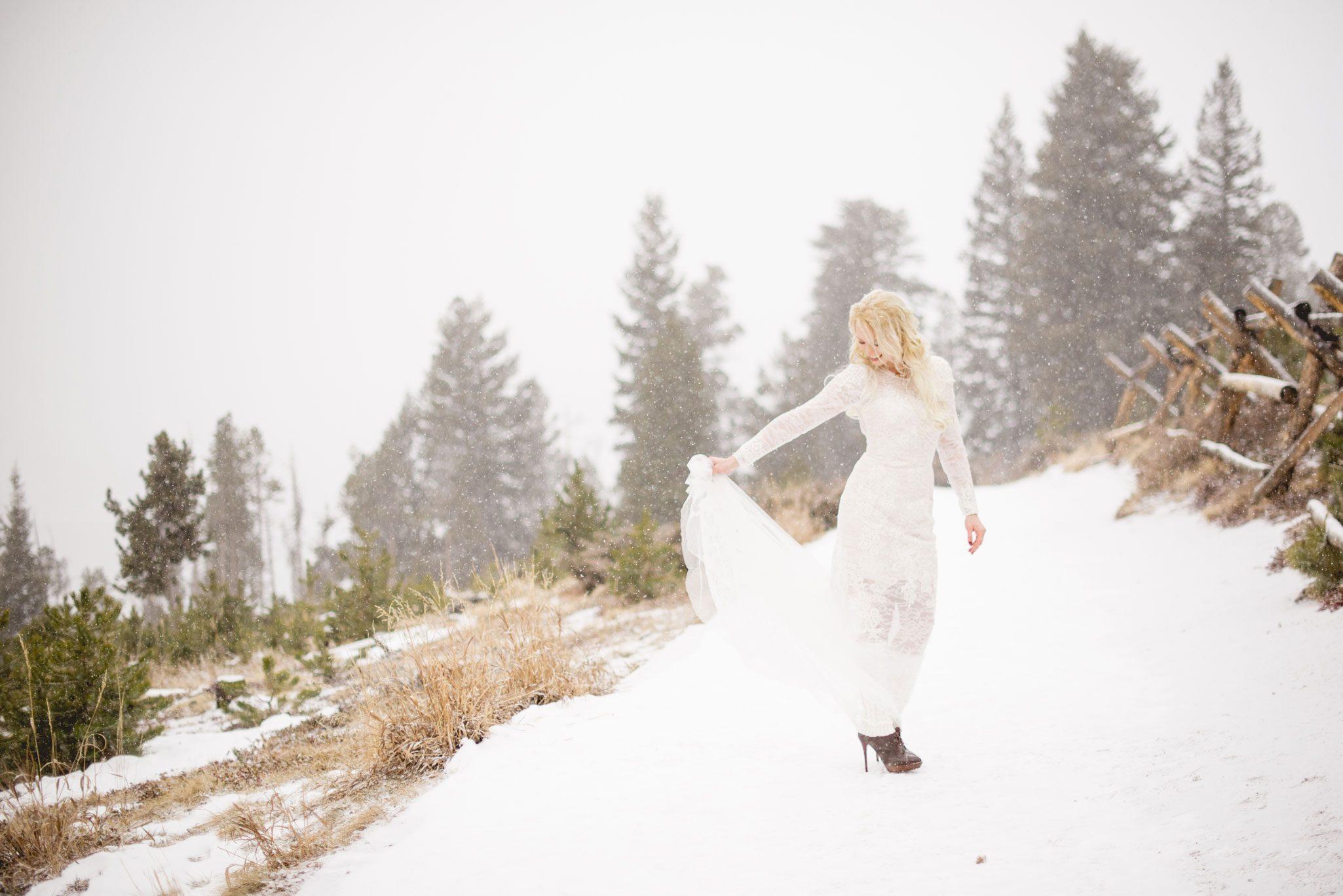 A Snowy Mountain Elopement in Colorado
