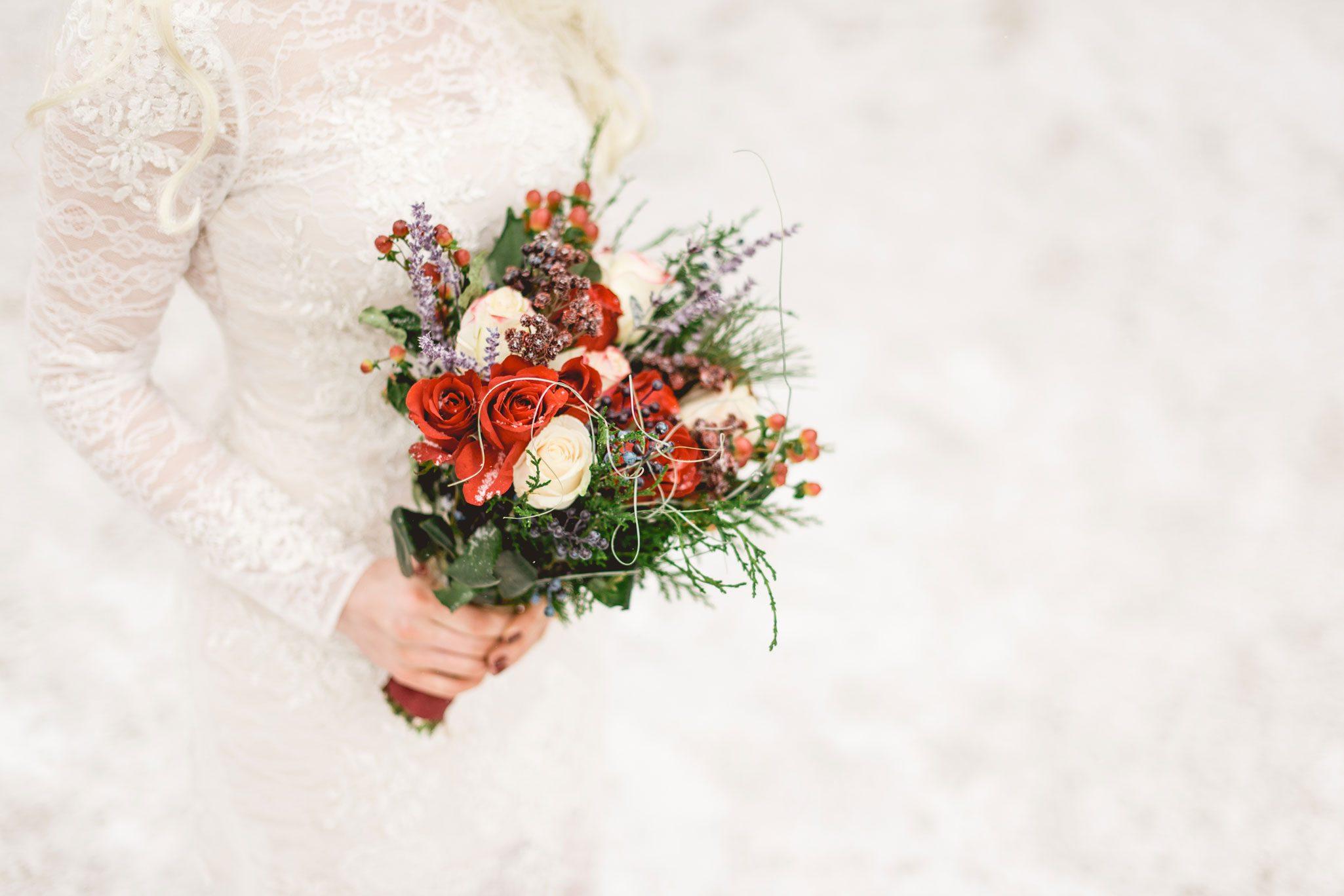 Flower Bouquet | A Snowy Mountain Elopement in Colorado