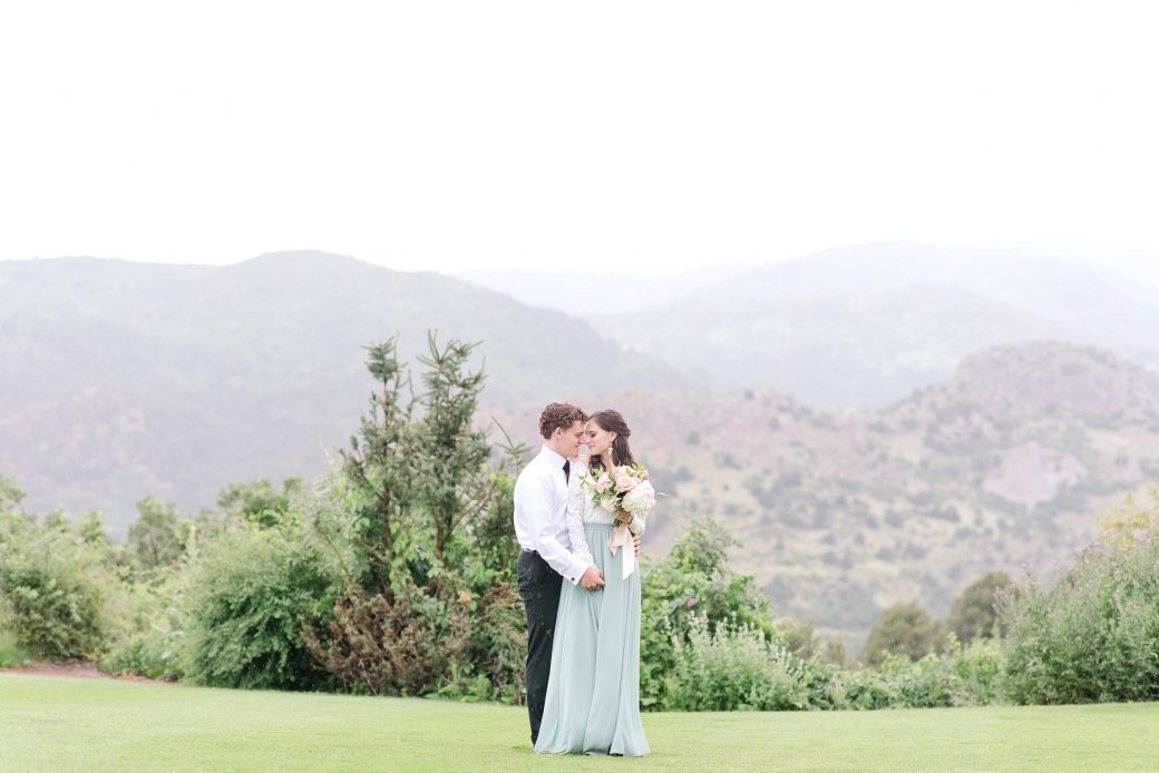 Vintage Meets Glam Inspiration in the Mountains, Garden of Gods, Colorado