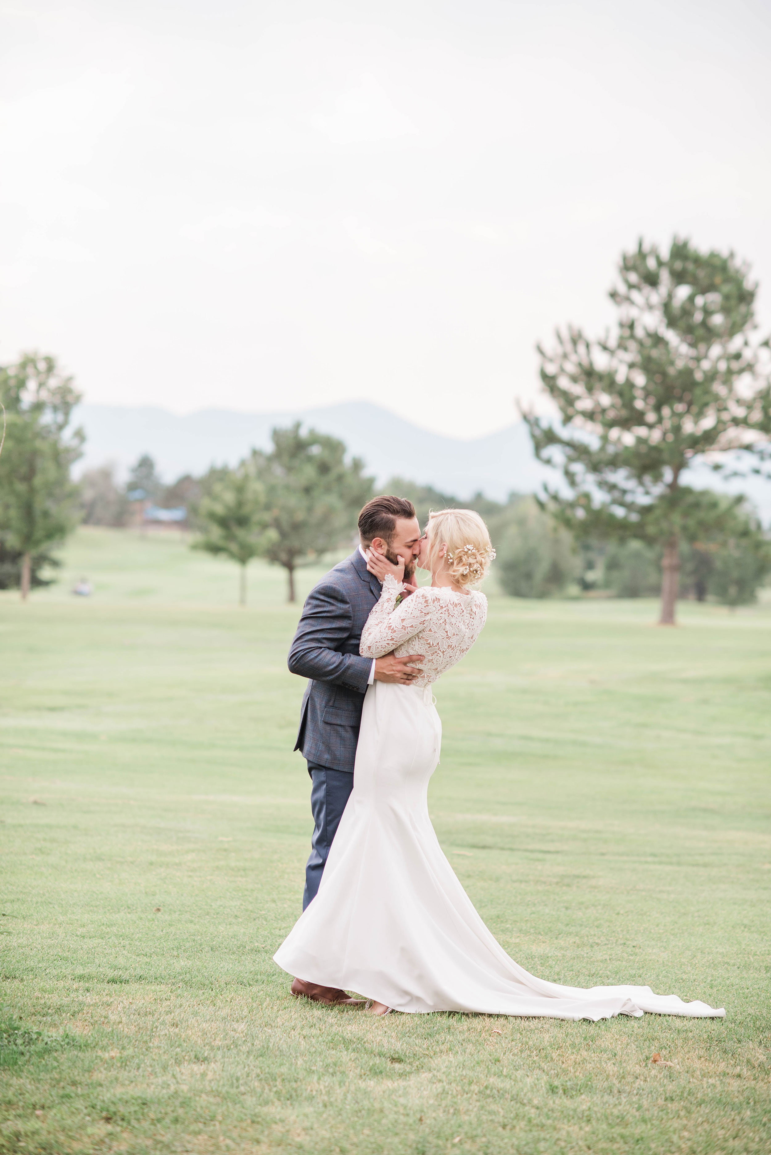 A Colorado wedding filled with romance