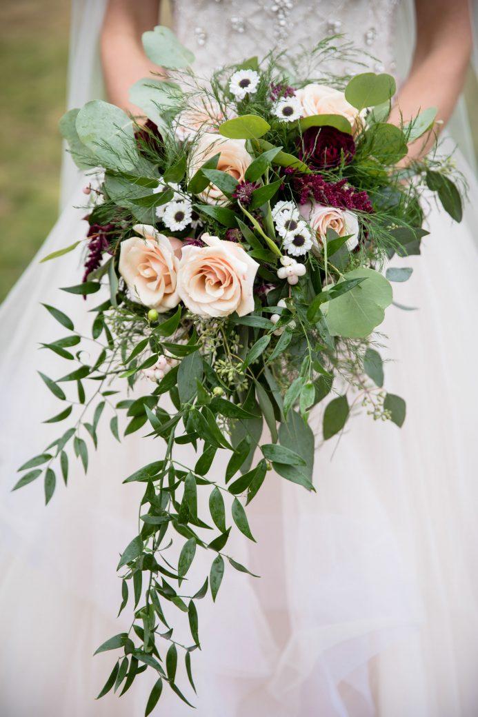 Wedding Bouquet | A Beautiful Mountain Wedding in Banff, Alberta,Canada