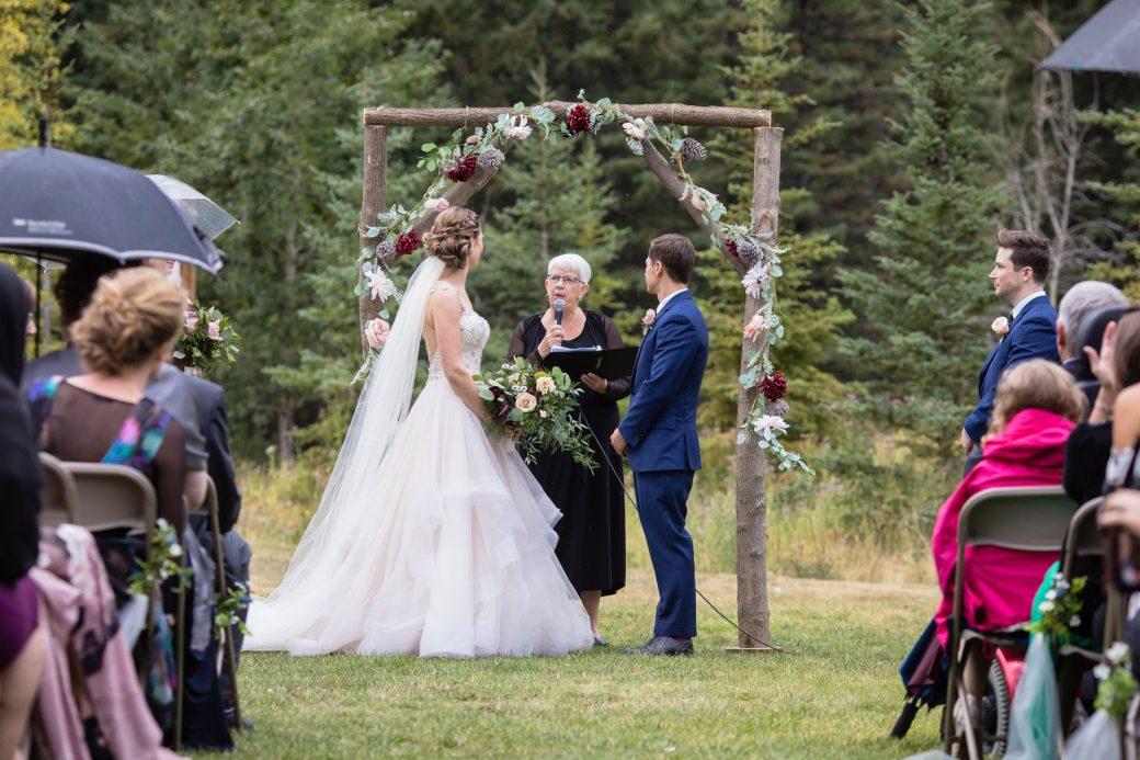 Outdoor ceremony | A Beautiful Mountain Wedding in Banff, Alberta,Canada