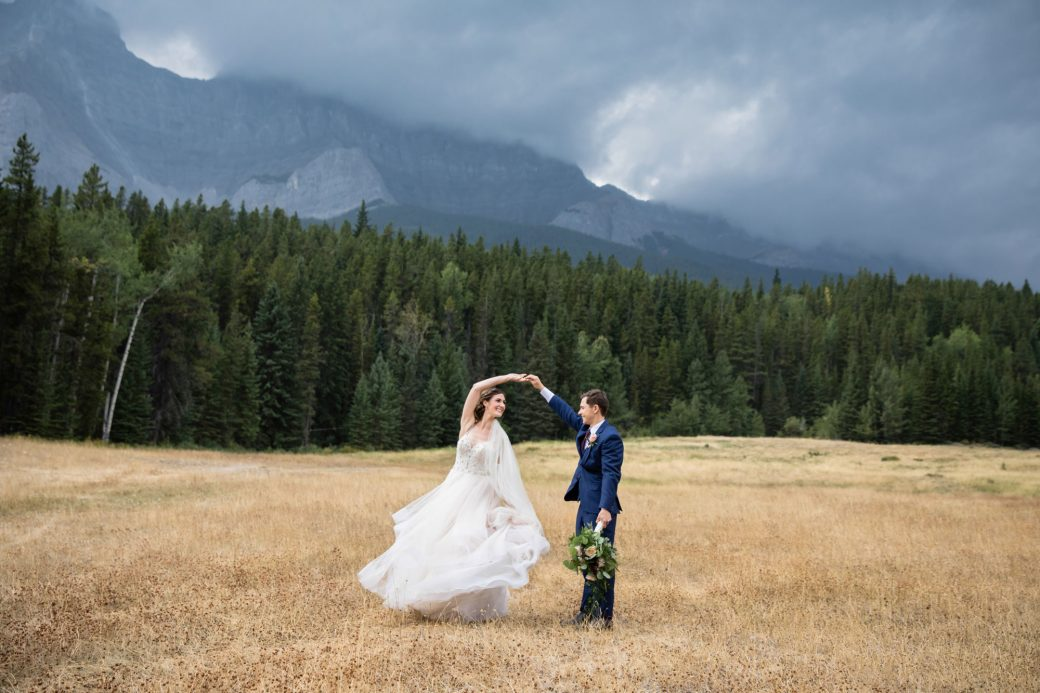 Mountain Bride & Groom | A Beautiful Mountain Wedding in Banff, Alberta,Canada