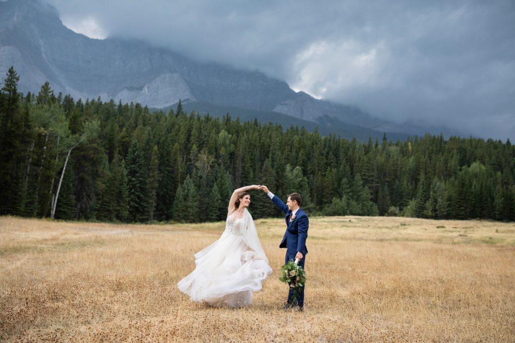 Mountain Bride & Groom | A Beautiful Mountain Wedding in Banff, Alberta,Canada