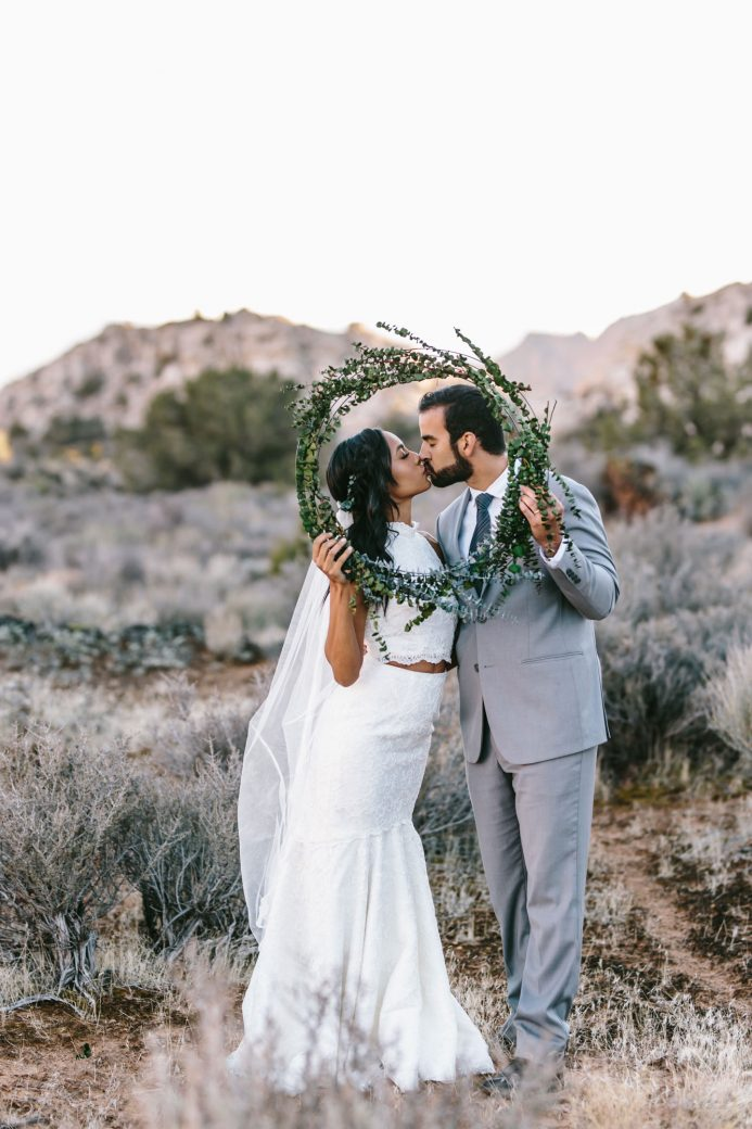 Red Mountain Sandstone Styled Utah Elopement
