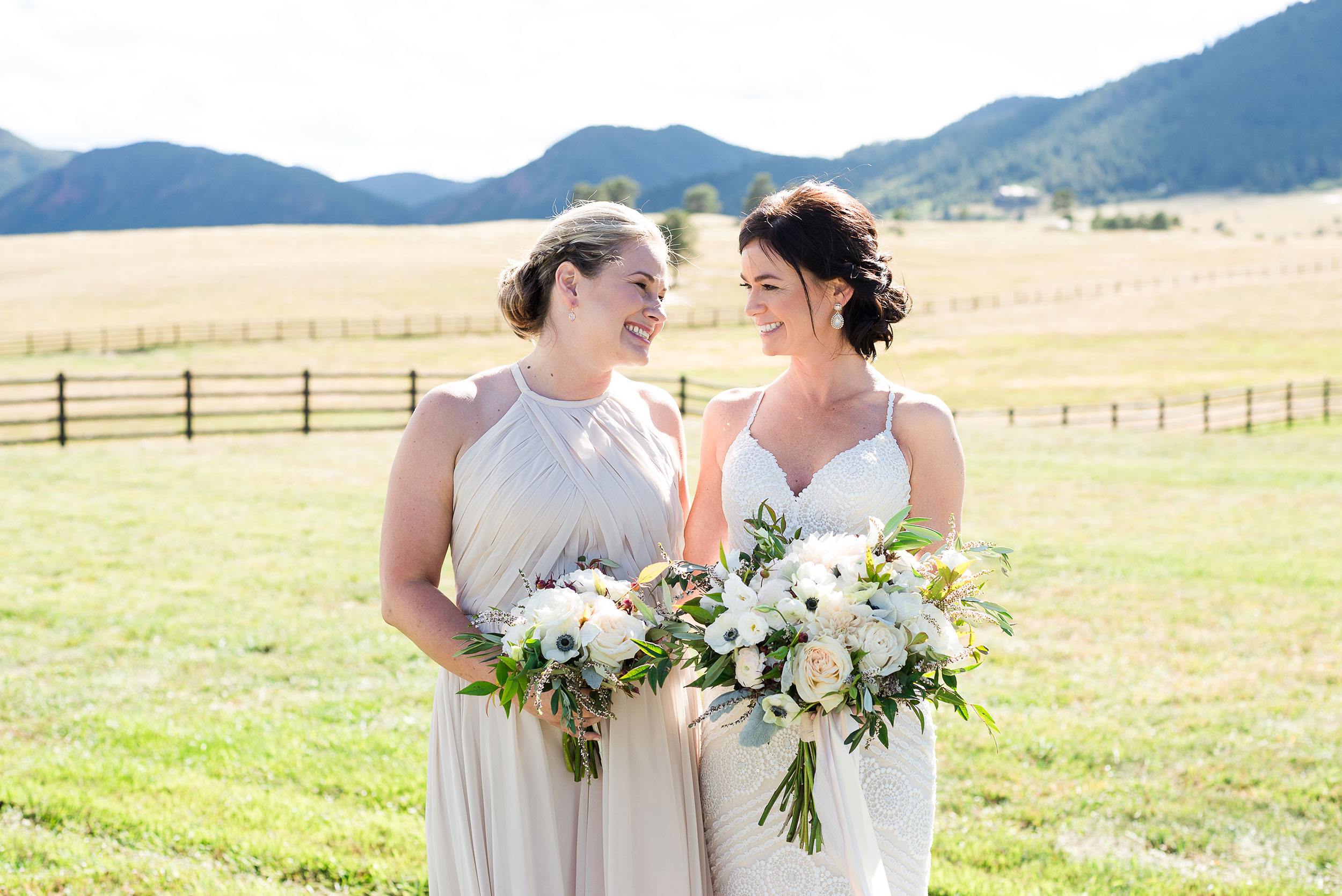 Bouquet Bridesmaids | Colorado Destination Wedding | Luxe Mountain Weddings
