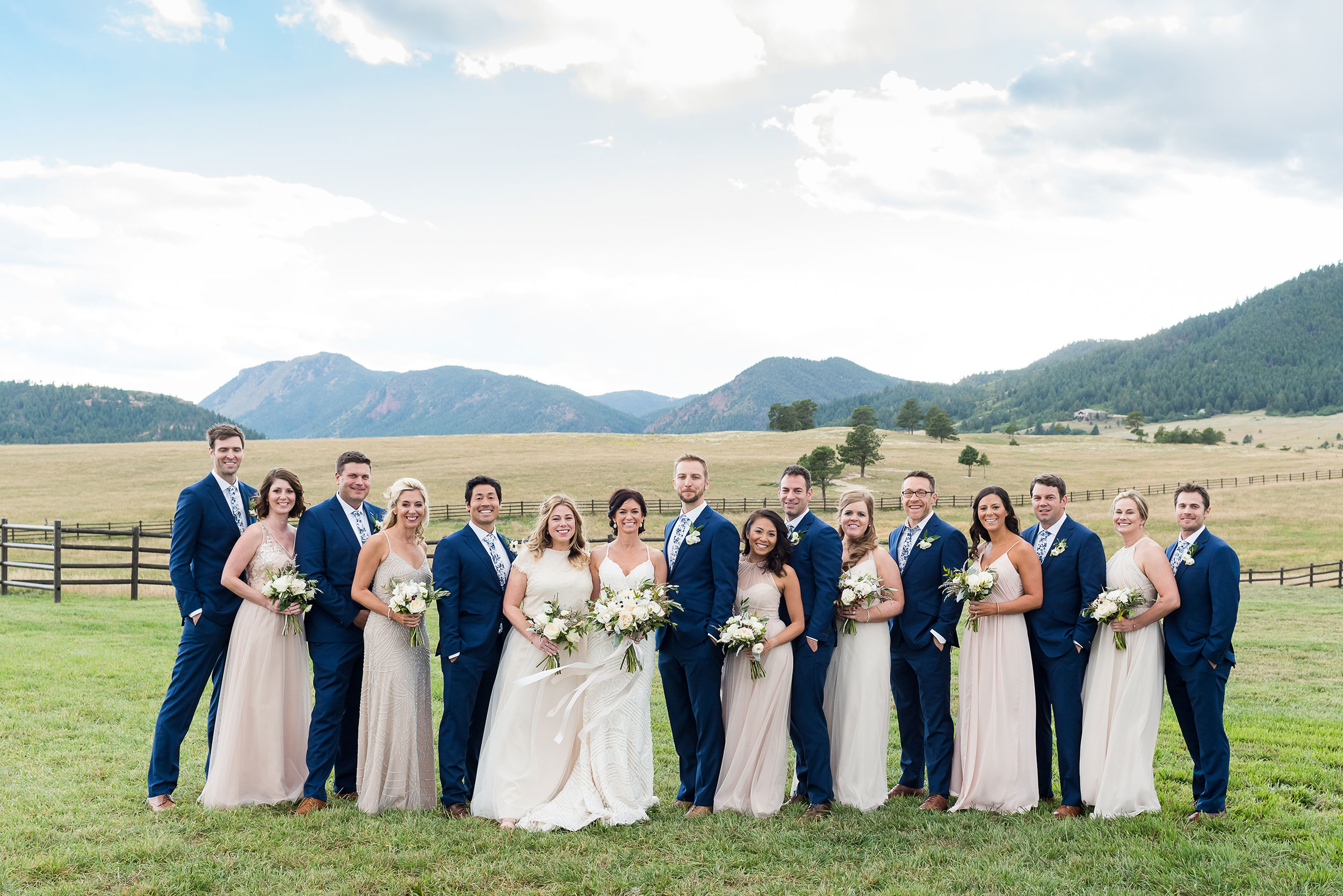 Mountain wedding party | Luxe Mountain Weddings