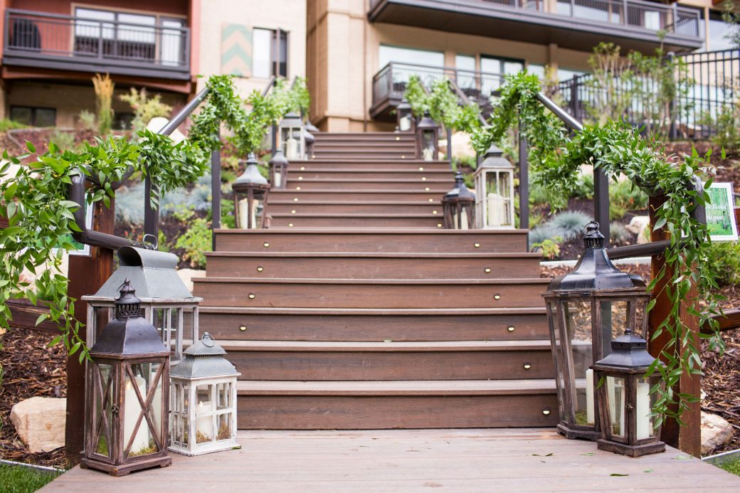 Vail mountain wedding via Luxe Mountain Weddings