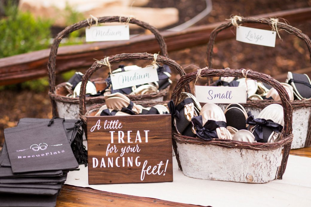 Slippers for dancing | Luxe Mountain Weddings