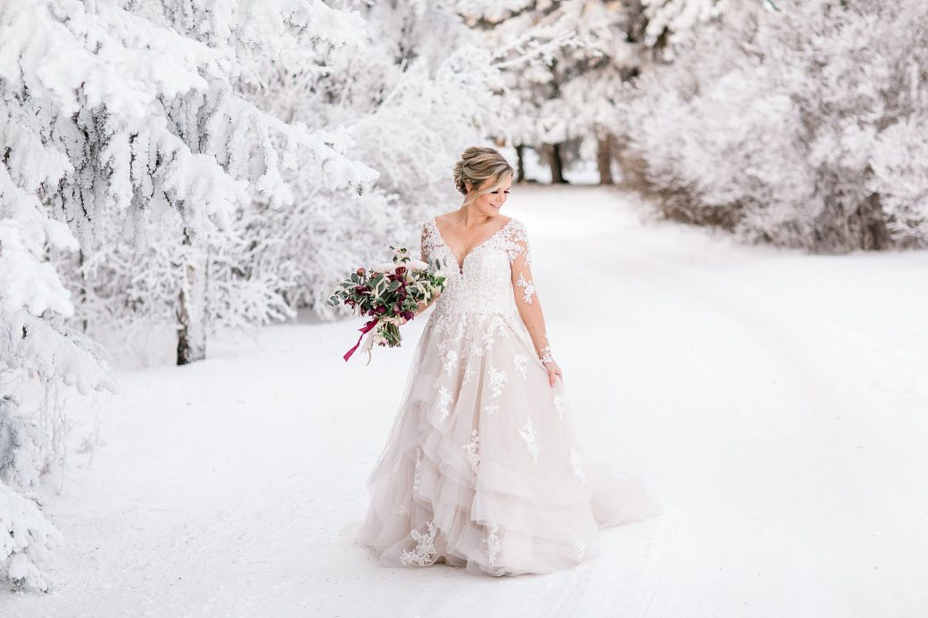 A styled shoot in the snow, Huxley, Alberta