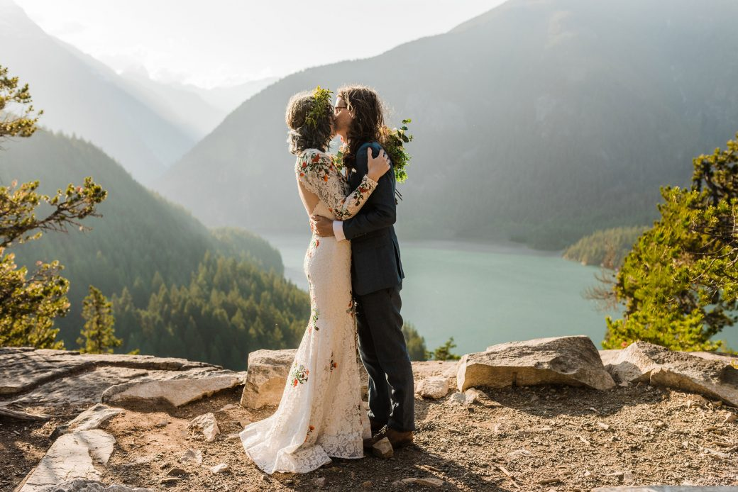 Kiss in the mountains