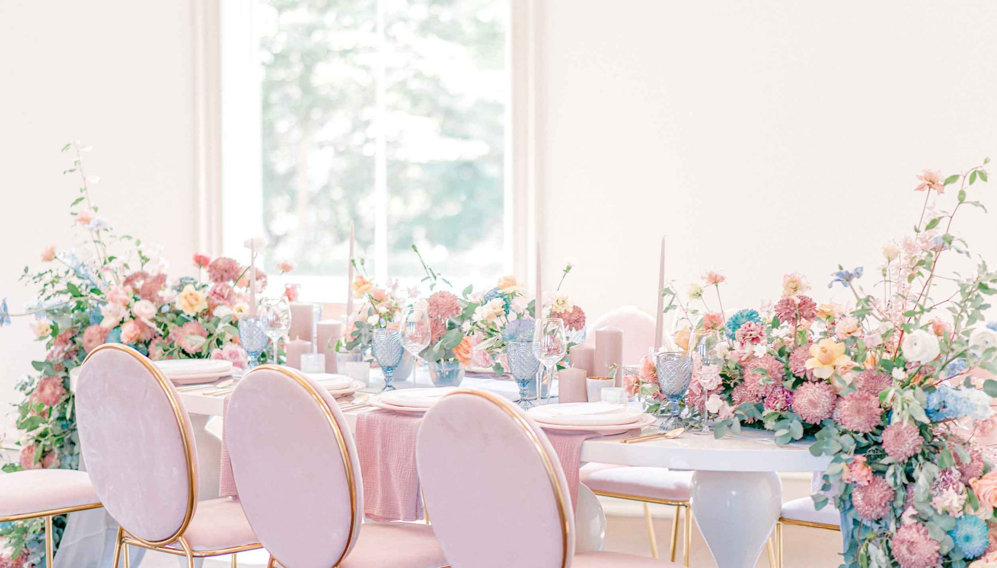 Pretty spring pastel wedding tablescape