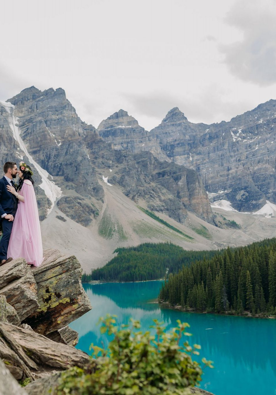 Bride and groom at Moraine Lake